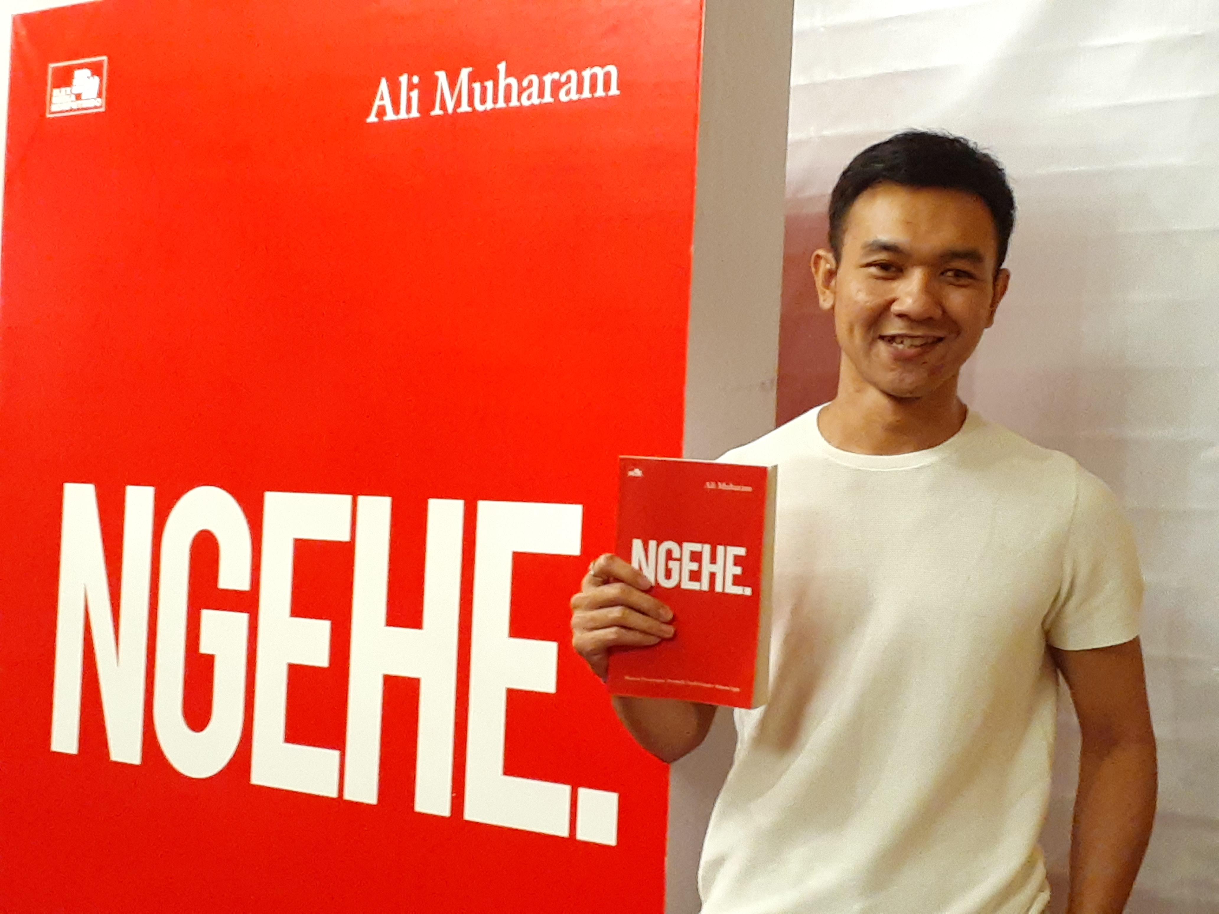 Kesuksesan Merintis Makaroni Ngehe, Dituangkan Ali Muharam ke Dalam Buku |  | EL JOHN News